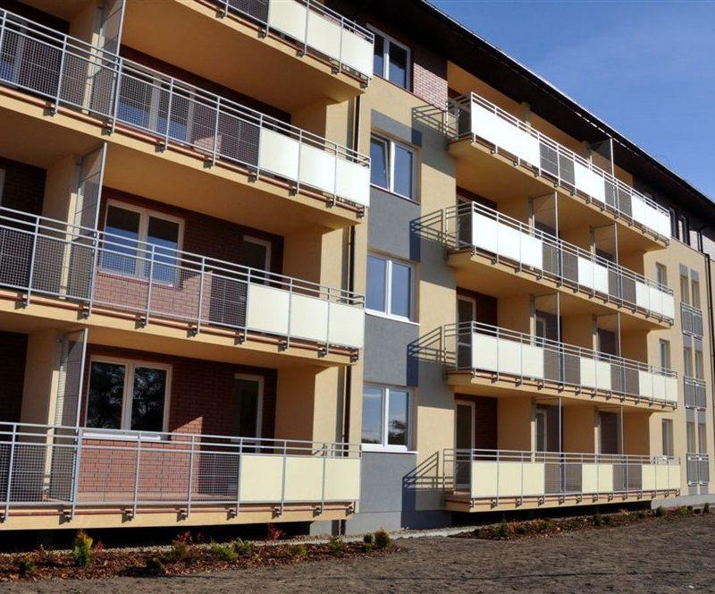 Ciechanów – Villa Art, Budynki mieszkalne wraz z garażem i infrastrukturą