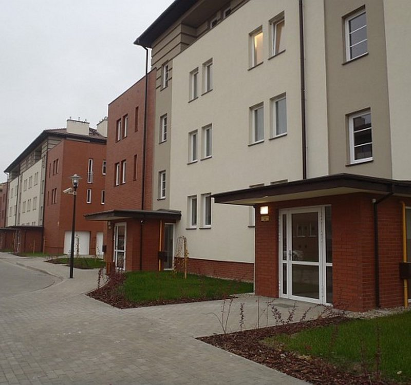Płońsk – Villa Nova II, Budynki mieszkalne z garażami.